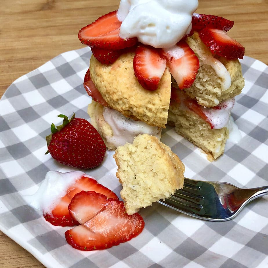 vegan strawberry shortcake with coco whip