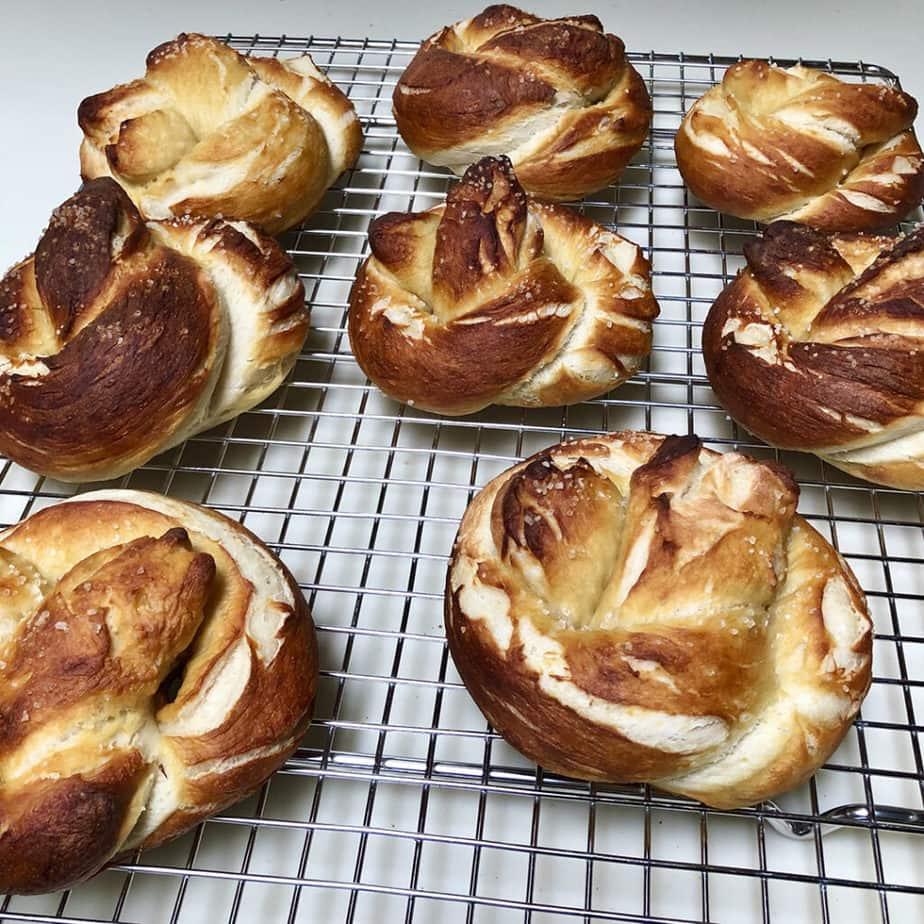 hot  vegan  soft pretzels cooling on rack